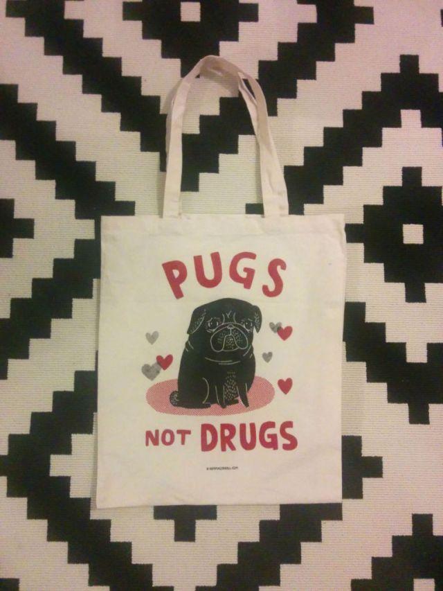 pugsnotdrugs-768x1024